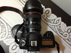Canon Eos 5D Mark III Kit Digital Camera - 24-105m